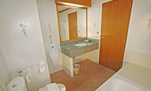 suite 6